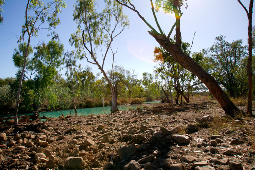 Polluted Creek near Redbank Mine, © Phoebe Barton / MPI 2011