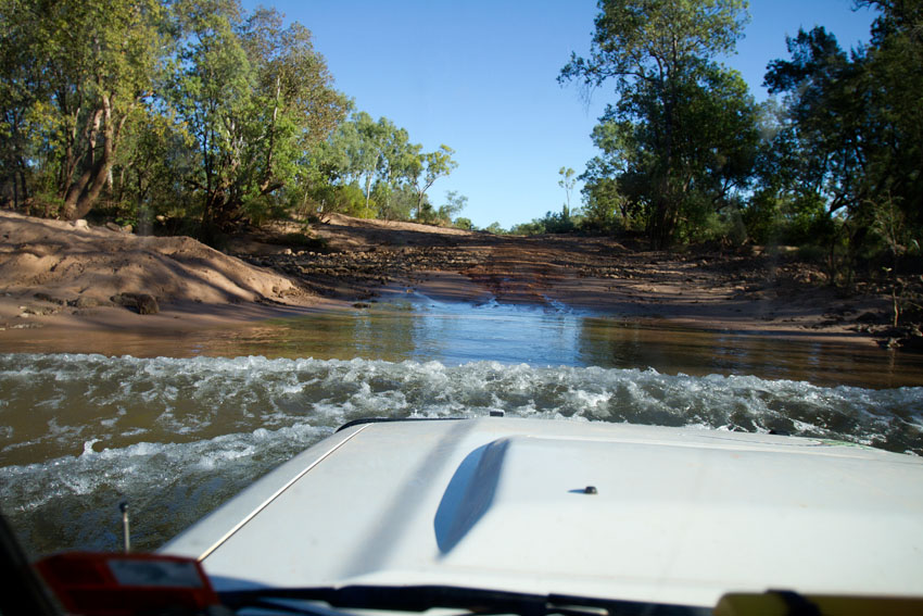 Crossing the McArthur River, © Phoebe Barton / MPI 2011