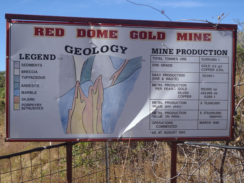 Sign for the Red Dome Gold Mine, Queensland, © MPI / 2011