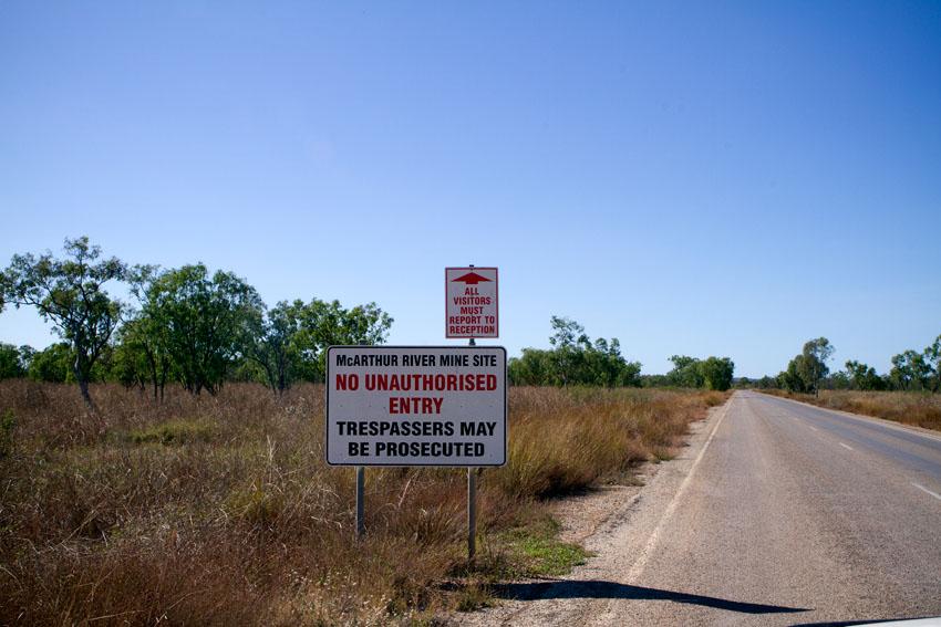 Road to McArthur River Mine, © Phoebe Barton / MPI 2011